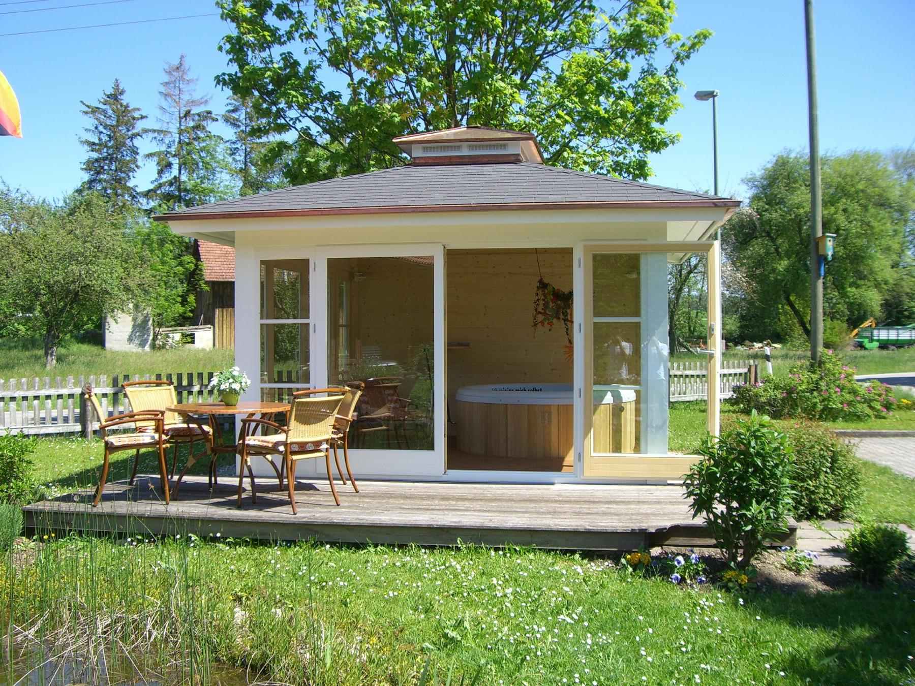sauna und whirlpoolh user von blockhausbau josef hummel. Black Bedroom Furniture Sets. Home Design Ideas