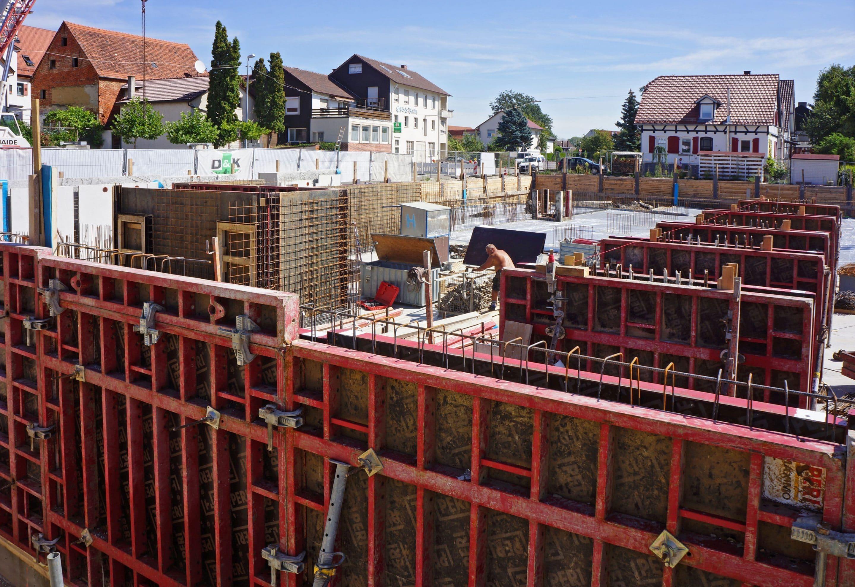 Nach Hitzepause geht es bei den Bauarbeiten auf dem ehemaligen AWG-Areal weiter