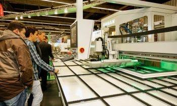 Sichere Prozesse und neue Ideen kommen an – Großer Ansturm auf die Technologien von Urban auf der Fensterbau 2016 in Nürnberg