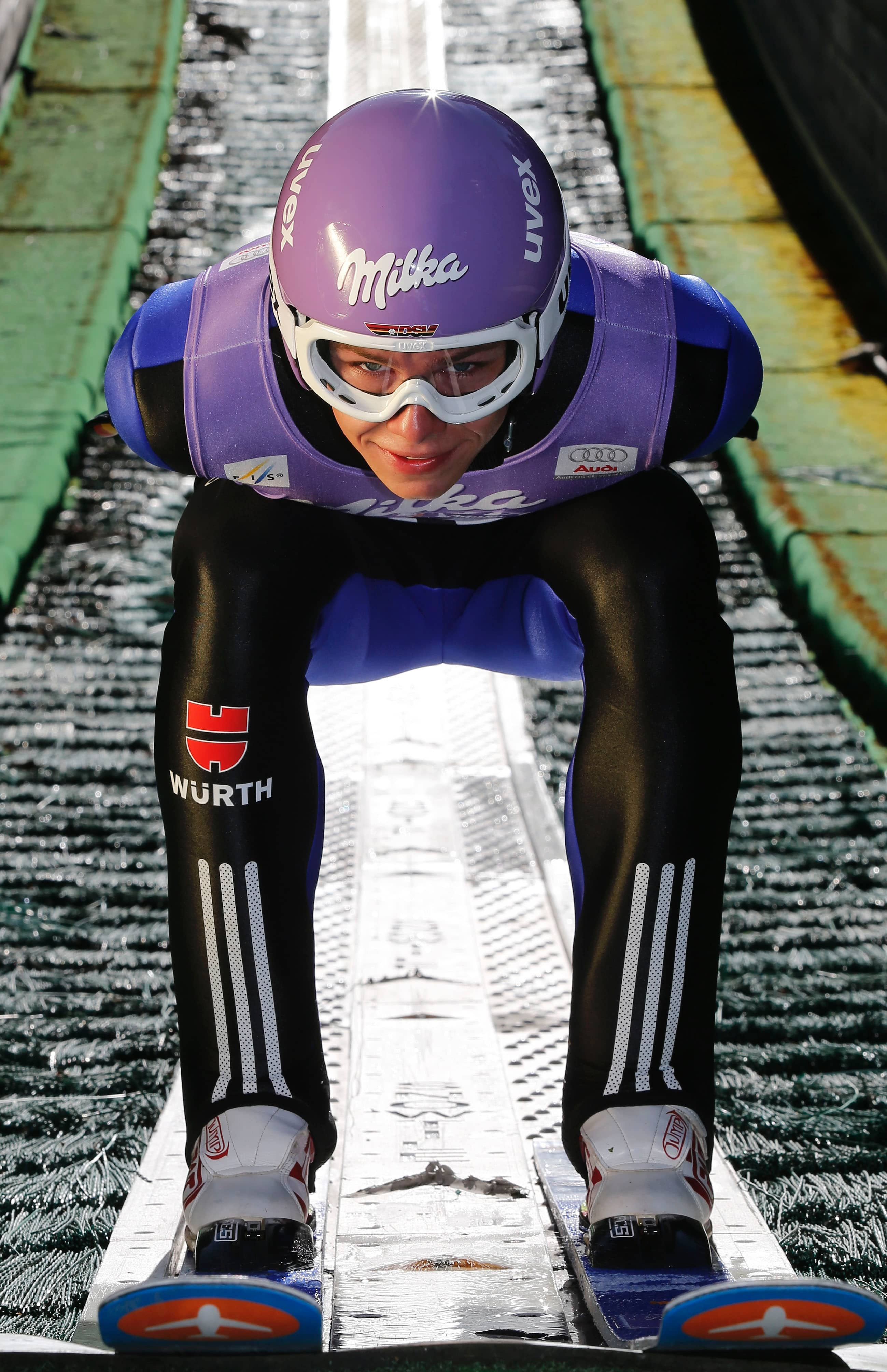 Comeback im Skispringen: Milka wird Hauptsponsor der Vierschanzentournee – Infront gewinnt die beliebte Schokoladenmarke als Partner für den Skisprung-Klassiker