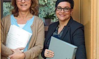 Hilfe für Menschen auf der Schattenseite des Lebens: Kreisbau baut Sozialkompetenz aus und hat mit Gabriele Grimm eine ausgebildete Sozialberaterin der Wohnwirtschaft