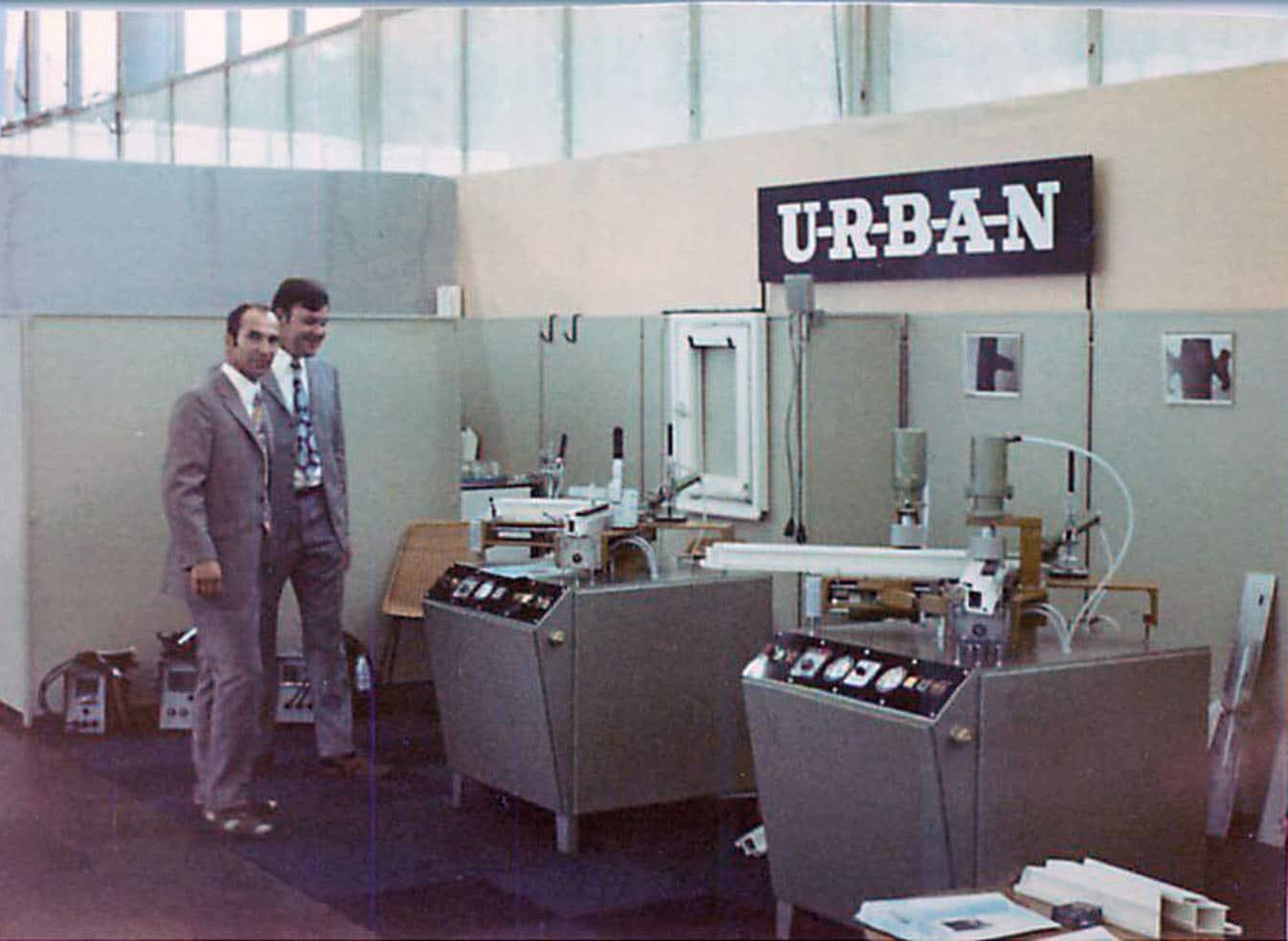 Seit 50 Jahren ein Top-Partner der PVC-Fensterindustrie – 1967 entwickelte Urban die erste Schweißmaschine