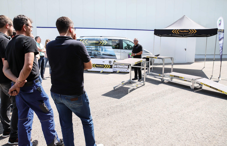 Roadshow: Die FlexxWork ist auf Tour – Günzburger Steigtechnik stellt ihr neues flexibles Arbeitsdielen-System Anwendern in ganz Deutschland vor