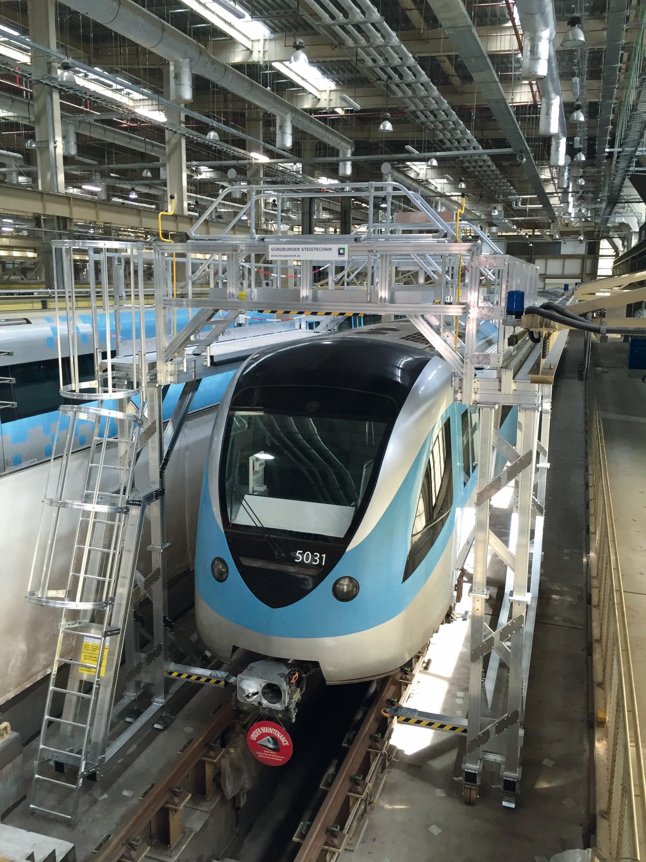Innovative Steigtechnik für die Produktion und Wartung von Schienenfahrzeugen – InnoTrans 2018: Günzburger Steigtechnik präsentiert ihre sicheren und effektiven Lösungen für Schienenfahrzeuge