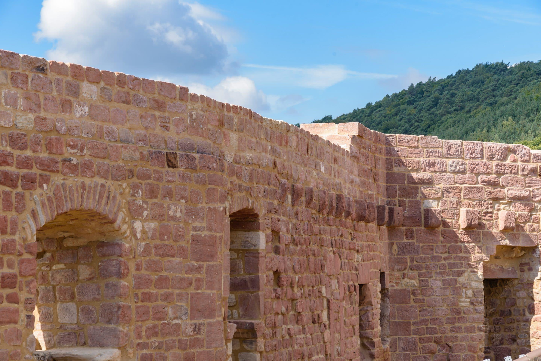 Ruinenrettung mit Varianten – Sanierungs-Mörtel für Burg Landeck