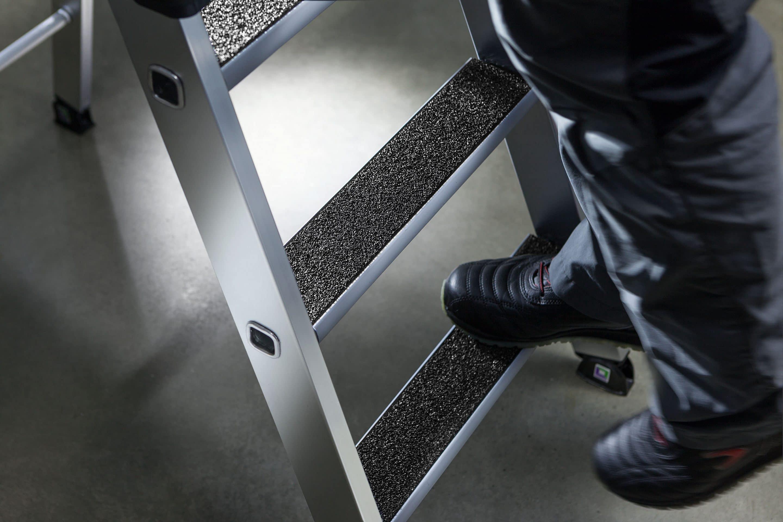 Top-Produkte für die Arbeitssicherheit – Günzburger Steigtechnik auf der Arbeitsschutz Aktuell in Stuttgart