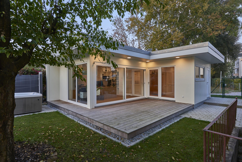 Ab ins Büro im eigenen Garten – In individuell geplanten Homeoffices von Blockhausbau Hummel lässt es sich stressfrei und effektiv arbeiten
