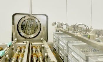 Dreifacher Mehrwert durch Lösemittel-Recycling: Rosenberger Hochfrequenztechnik GmbH & Co. KG vertraut auf die Produkte und den Service der Richard Geiss GmbH