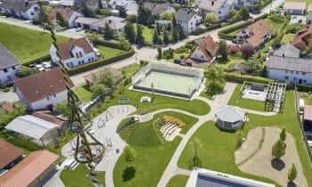 Treffpunkt Pavillon – Neuer Bürgerpark in Niederrieden fördert die Gemeinschaft von Zugezogenen und Alteingesessenen