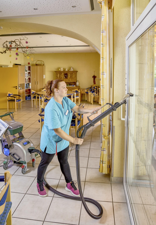 Reinigungspower für alle Bereiche im Seniorenheim – Elisabeth-Haus sorgt mit den innovativen Dampfsaugsystemen von beam für Top-Hygiene und Keimfreiheit