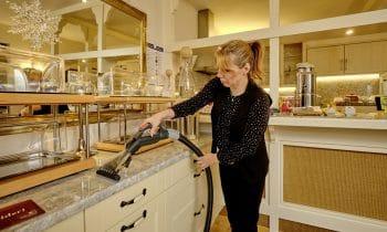 Volle Dampfpower für das ökologische Housekeeping – Hotel Villa Moritz setzt auf die chemiefreie Reinigung mit dem innovativen Dampfsaugsystem Limatic Carbon von beam