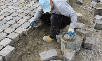 Barrierefreiheit mit System: Der neue Marktplatz von Warendorf – Moderne nachhaltige Gestaltung mit dem Straßenbausystem von tubag