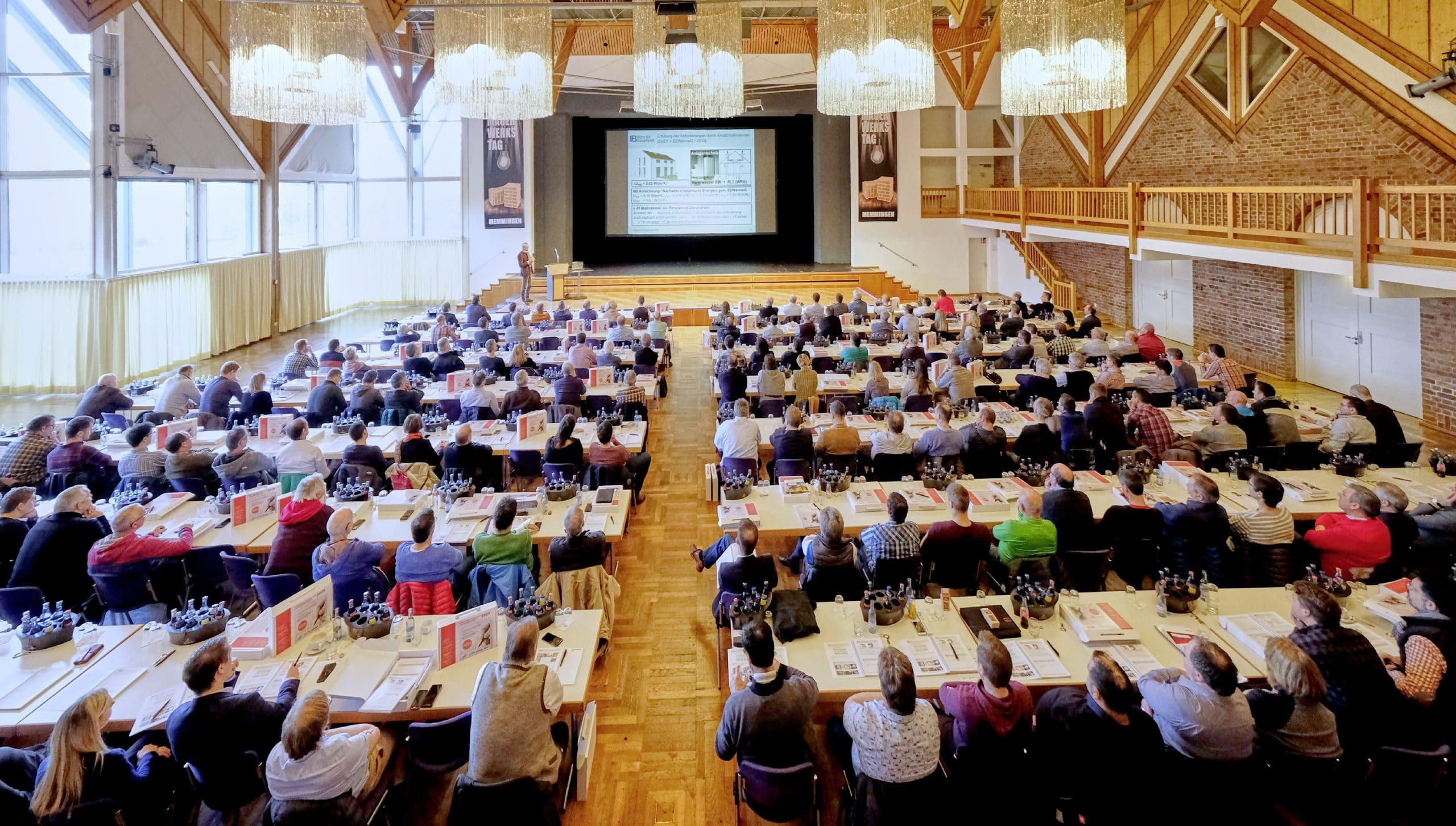 Bauen ist nachhaltig – Mauerwerkstag 2020: Über 250 Experten aus der Baubranche bilden sich in Memmingen weiter