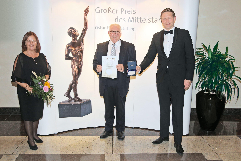 Ehrenplakette für die Günzburger Steigtechnik