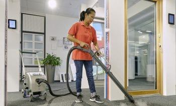 Gugelfuss gibt Volldampf  bei der Gebäudereinigung
